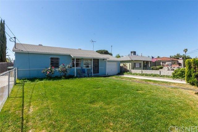 Photo of 11836 Arminta Street, North Hollywood, CA 91605 (MLS # SR21075083)