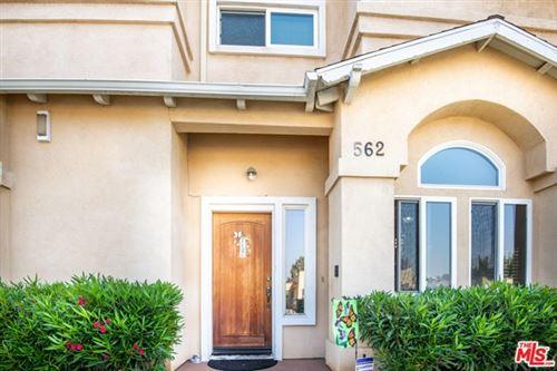 Photo of 562 W Olive Street, Inglewood, CA 90301 (MLS # 20629084)