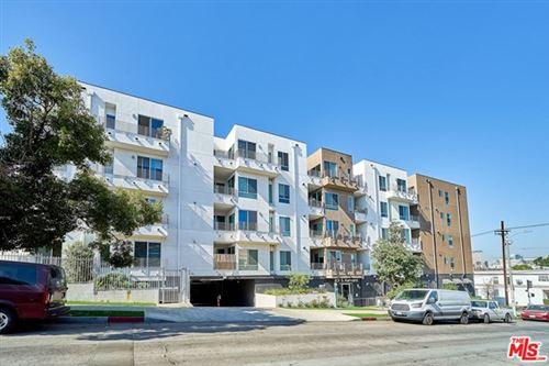 Photo of 1101 S HARVARD #209, Los Angeles, CA 90006 (MLS # 20641084)