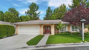 Photo of 26325 Green Terrace Drive, Newhall, CA 91321 (MLS # SR19228084)