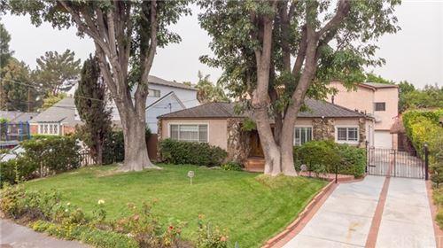 Photo of 12413 Hesby, Valley Village, CA 91607 (MLS # SR20184084)