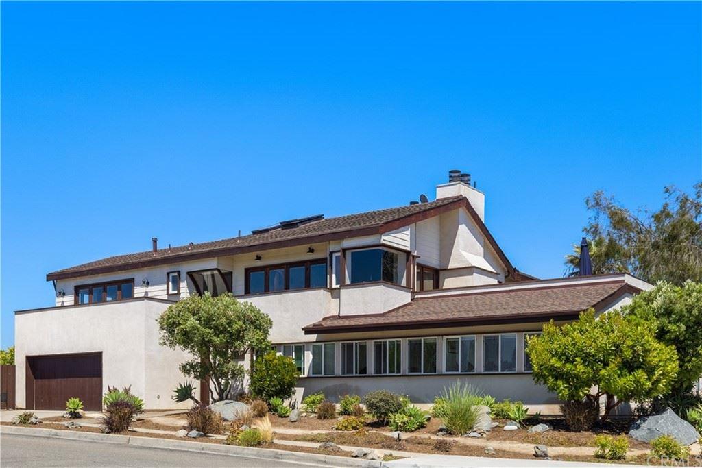 Photo for 3108 Tyrol Drive, Laguna Beach, CA 92651 (MLS # LG21121084)