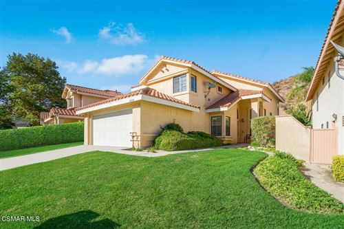 Photo of 29310 Marilyn Drive, Canyon Country, CA 91387 (MLS # 221005085)