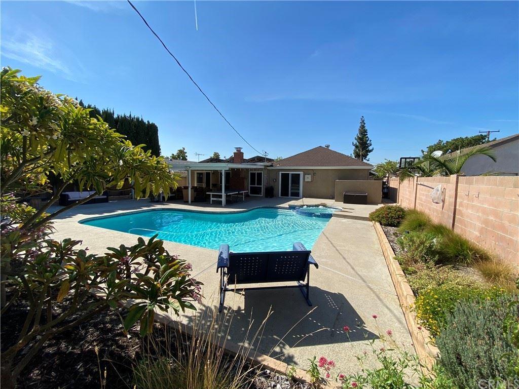 Photo of 1091 N Lincoln Street, Orange, CA 92867 (MLS # NP21233085)