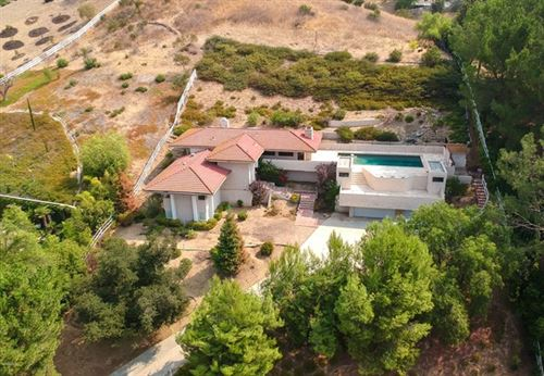 Photo of 14 N Coolwater Road, Bell Canyon, CA 91307 (MLS # 220010086)