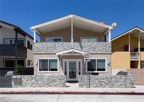 Photo of 209 Cypress Street, Newport Beach, CA 92661 (MLS # LG18211086)