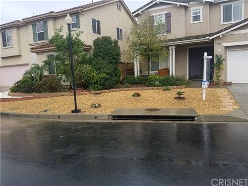 Photo of 12512 Valley Vista Way, Sylmar, CA 91342 (MLS # SR20070086)