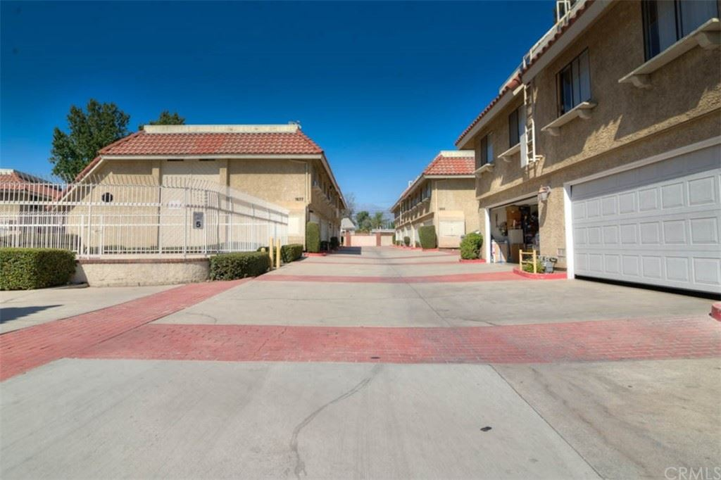 1677 E Kingsley Avenue #E, Pomona, CA 91767 - MLS#: PW21215086