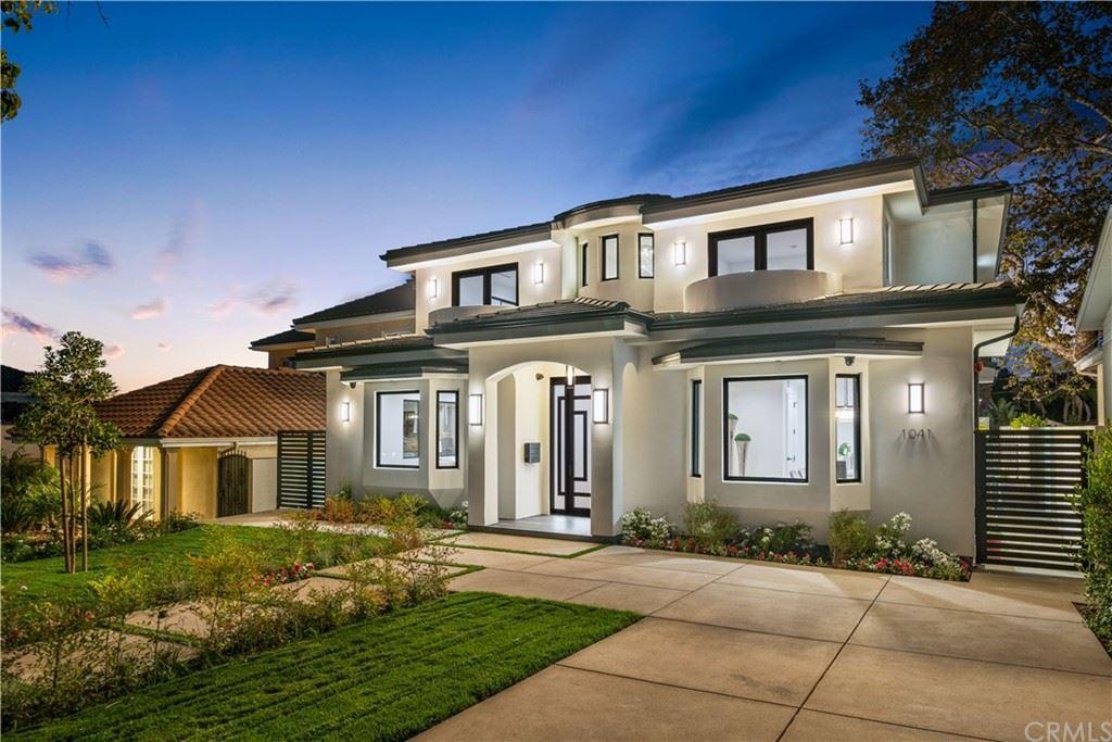 Photo of 1041 E Palm Avenue, Burbank, CA 91501 (MLS # BB21223087)