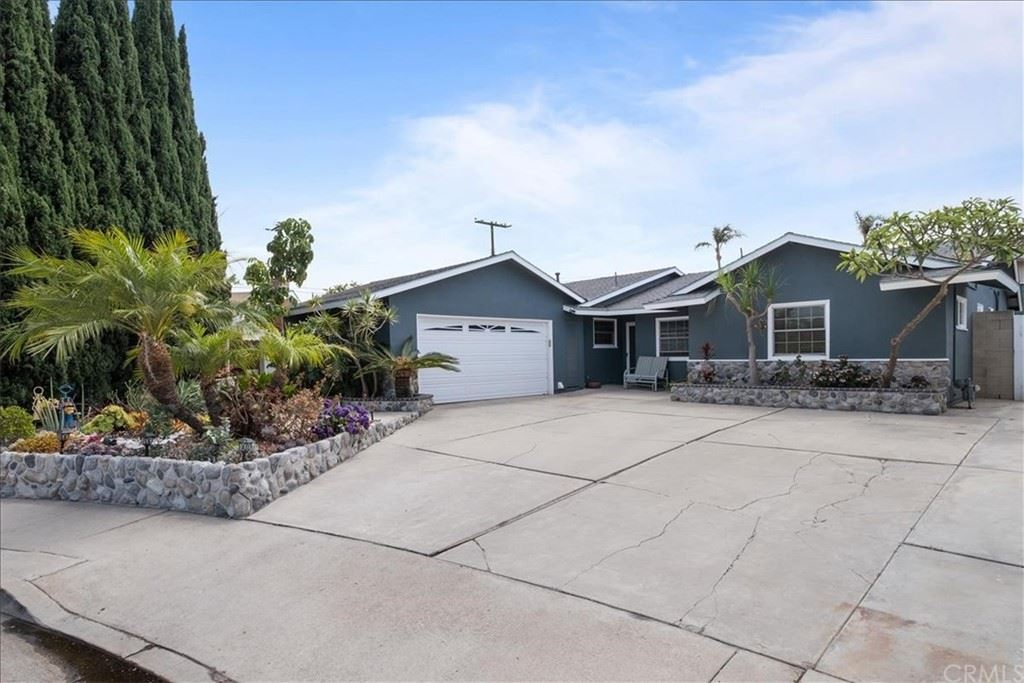 18311 Thomas Circle, Huntington Beach, CA 92646 - MLS#: OC21129089