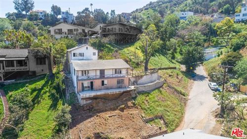 Photo of 6850 Cahuenga Park Trail, Hollywood, CA 90068 (MLS # 21719090)