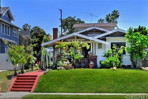 Photo of 118 S Wilton Place, Los Angeles, CA 90004 (MLS # SR20095090)