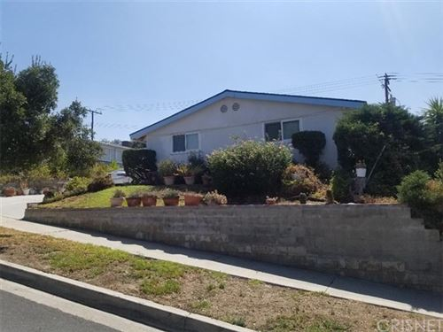 Photo of 18704 Kimbrough Street, Canyon Country, CA 91351 (MLS # SR20220091)