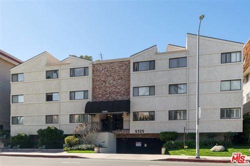 Photo of 5325 LINDLEY Avenue #303, Tarzana, CA 91356 (MLS # 20593092)