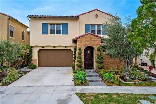 Photo of 124 Tomato Springs, Irvine, CA 92618 (MLS # OC21009092)
