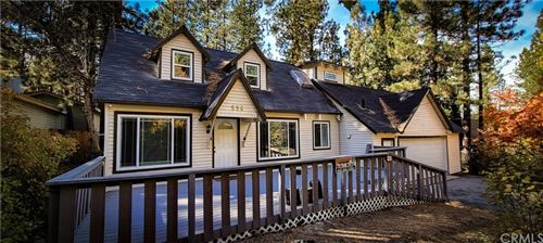 Photo of 596 Wren Drive, Big Bear, CA 92315 (MLS # OC21225092)