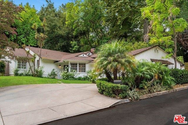 Photo of 8418 Lookout Mountain Avenue, Los Angeles, CA 90046 (MLS # 20631092)