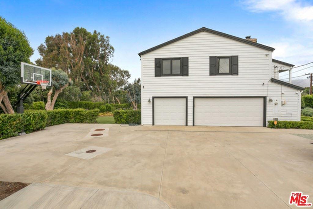 Photo of 30362 MORNING VIEW Drive, Malibu, CA 90265 (MLS # 21719092)