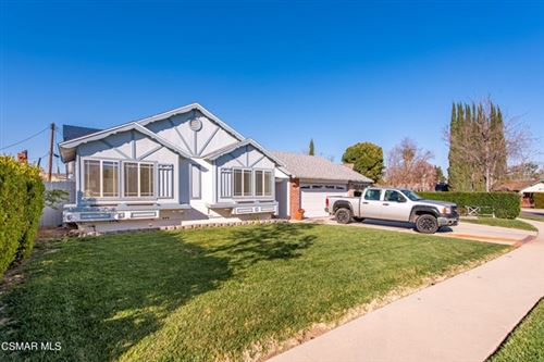 Photo of 6545 Nevada Avenue, Woodland Hills, CA 91303 (MLS # 221001093)