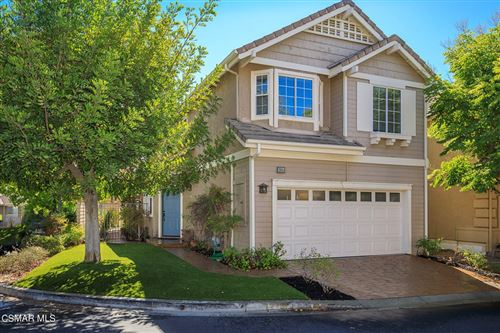 Photo of 2936 Capella Way, Thousand Oaks, CA 91362 (MLS # 221005093)