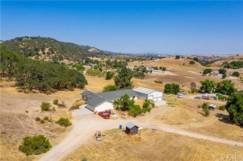 Photo of 3575 Ardana Road, Paso Robles, CA 93446 (MLS # NS20150093)