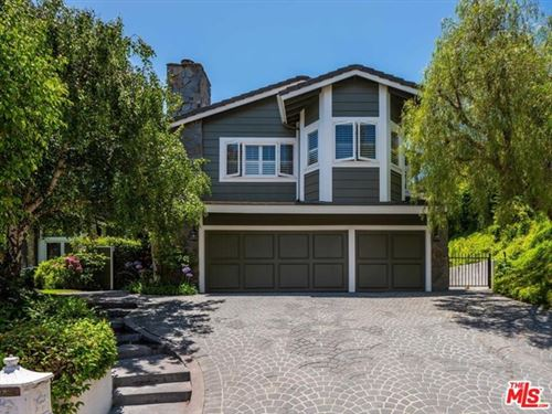 Photo of 1405 Floresta Place, Pacific Palisades, CA 90272 (MLS # 20598094)