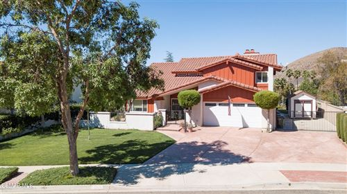 Photo of 3067 Choctaw Avenue, Simi Valley, CA 93063 (MLS # 221005094)