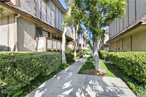 Photo of 10346 Zelzah Avenue #4, Northridge, CA 91326 (MLS # SR21085094)
