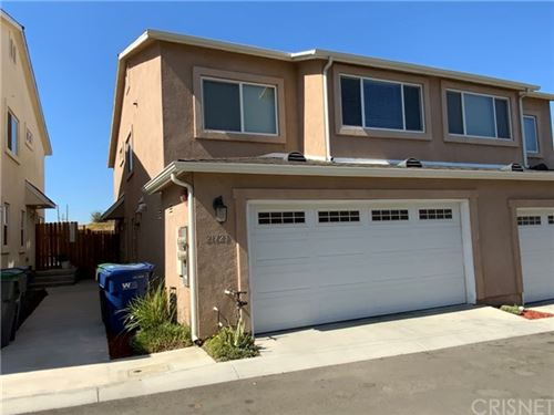 Photo of 21723 Doreen Place, Saugus, CA 91350 (MLS # SR21146094)