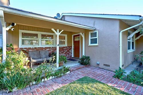 Photo of 10908 Paso Robles Avenue, Granada Hills, CA 91344 (MLS # V1-3094)