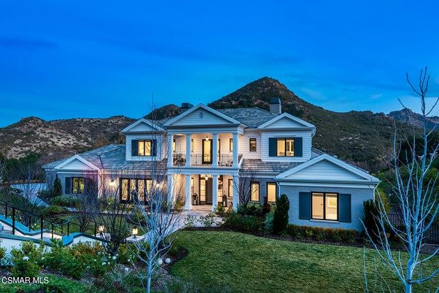 Photo of 2760 Queens Garden Drive, Thousand Oaks, CA 91361 (MLS # 221000094)