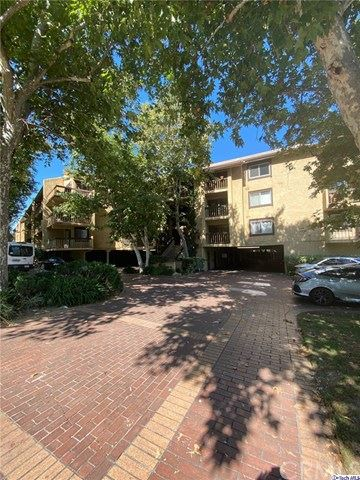 Photo of 3481 Stancrest Drive #335, Glendale, CA 91208 (MLS # 320003095)