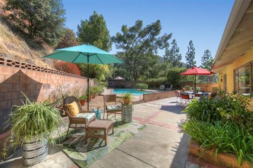 Photo of 5822 Ocean View Boulevard, La Canada Flintridge, CA 91011 (MLS # P1-2095)