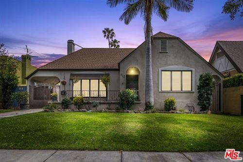 Photo of 612 S Citrus Avenue, Los Angeles, CA 90036 (MLS # 21720096)