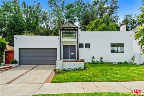Photo of 539 Levering Avenue, Los Angeles, CA 90024 (MLS # 21779096)