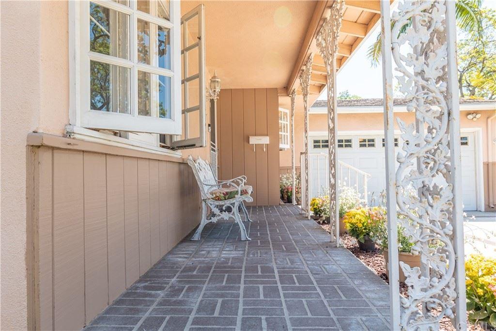 Photo of 1525 W Oak Avenue, Fullerton, CA 92833 (MLS # CV21150096)