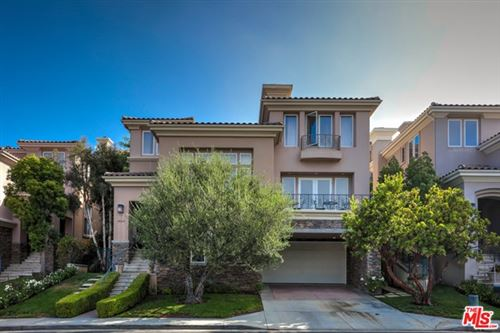 Photo of 16649 Calle Haleigh, Pacific Palisades, CA 90272 (MLS # 20628098)