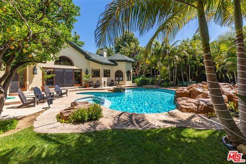 Photo of 6405 BONSALL Drive, Malibu, CA 90265 (MLS # 21780098)