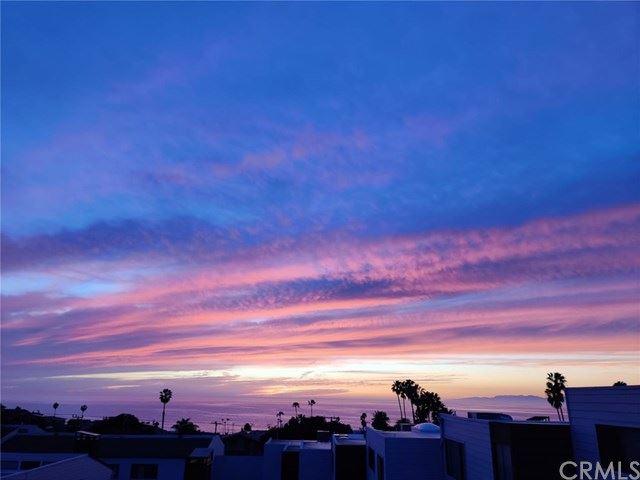 Photo of 407 Camino De Las Colinas, Redondo Beach, CA 90277 (MLS # SB20066098)