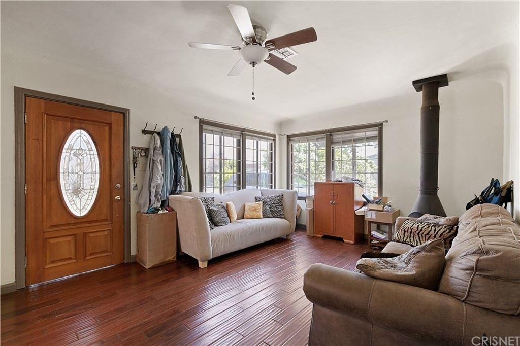 Photo of 616 Hazel Street, Glendale, CA 91201 (MLS # SR21150098)