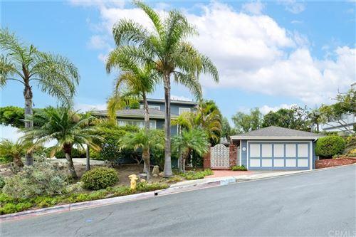 Photo of 139 Avenida Cota, San Clemente, CA 92672 (MLS # OC21220099)