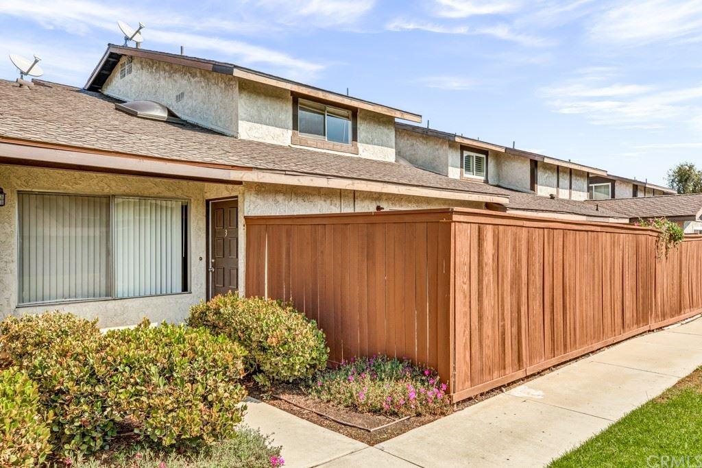 Photo for 22315 Harbor Ridge Lane #3, Torrance, CA 90502 (MLS # SB21223099)