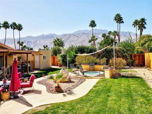 Photo of 2150 E Calle Papagayo, Palm Springs, CA 92262 (MLS # 219058010DA)
