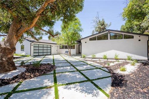Photo of 4648 Cerro Verde Place, Tarzana, CA 91356 (MLS # SR20153100)