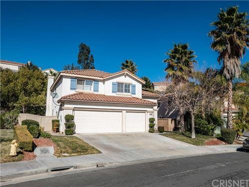 Photo of 23712 Oak Circle, Newhall, CA 91321 (MLS # SR21031100)