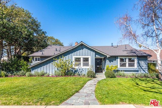 Photo of 13459 Debby Street, Valley Glen, CA 91401 (MLS # 21701100)