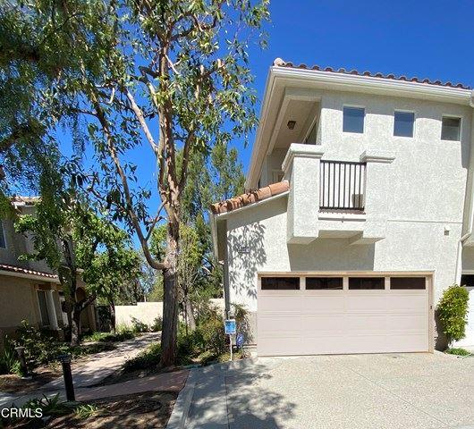 Photo of 11871 Barletta Place, Moorpark, CA 93021 (MLS # V1-4100)