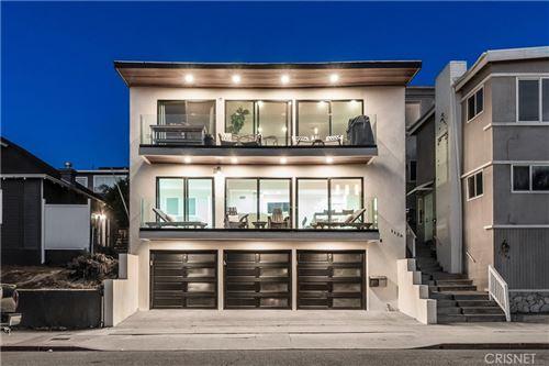 Photo of 1126 Manhattan Avenue, Hermosa Beach, CA 90254 (MLS # SR20226101)