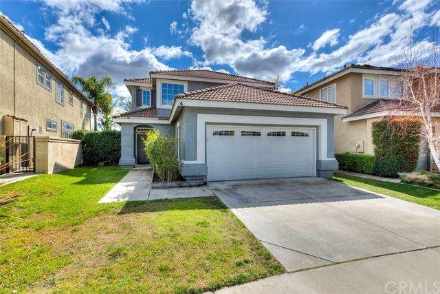 Photo of 4 Saint Annes, Rancho Santa Margarita, CA 92679 (MLS # OC21045101)