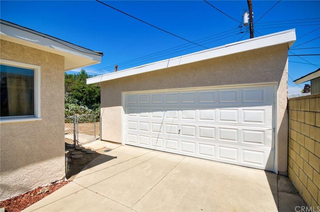 Photo of 169 N Donneybrooke Street, Orange, CA 92868 (MLS # TR21168101)